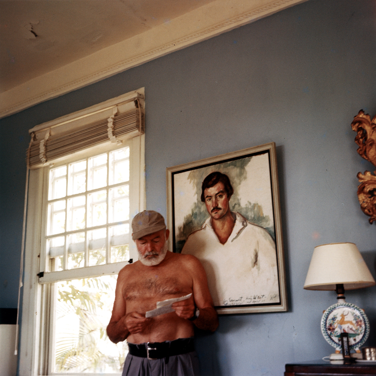 Ernest_Hemingway_at_the_Finca_Vigia,_1953.jpg