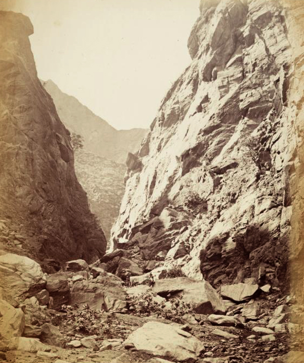 Fotógrafos dos Royal Engineers, A escadaria do diabo, Sooroo, Etiópia, 1868-69.jpg