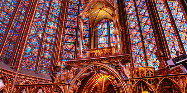 1280px-Paris-SainteChapelle-Interieur.jpg