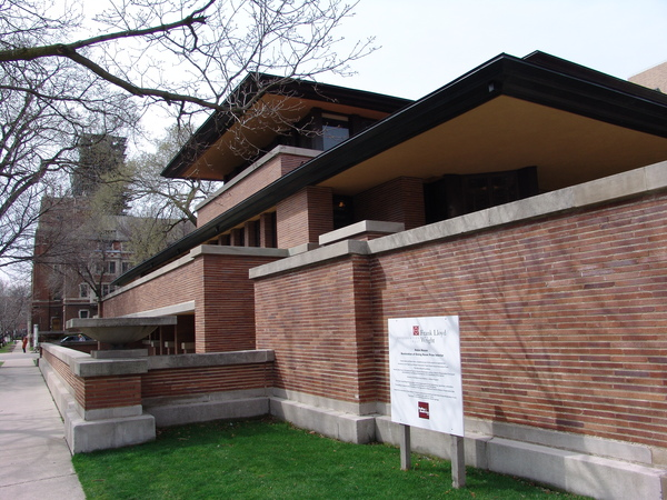 Frank_Lloyd_Wright_-_Robie_House_1906.JPG