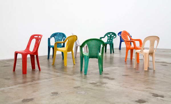Sam-Durant_Porcelain-chairs1.jpeg