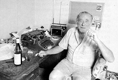 bukowski-at-desk.jpg
