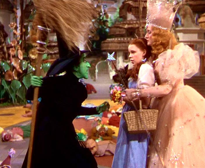 The-Wizard-Of-Oz-classic-movies-356865_703_576.jpg