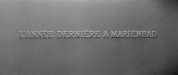 Last.Year.At.Marienbad.1961.BluRay.720p.x264.DDmono-MySiLU.mkv_snapshot_00.01.51_[2013.04.12_22.28.23].jpg