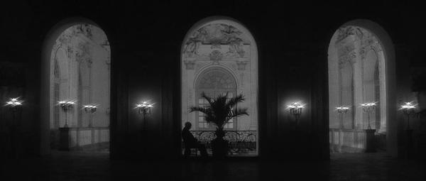 Last.Year.At.Marienbad.1961.BluRay.720p.x264.DDmono-MySiLU.mkv_snapshot_00.12.13_[2013.04.12_22.41.54].jpg