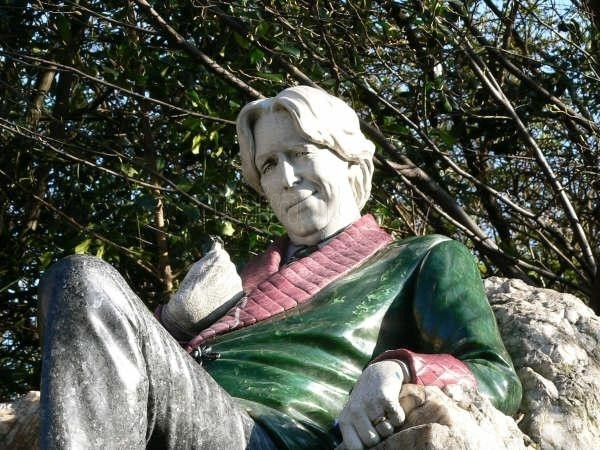 estatua-de-oscar-wilde_14431.jpg