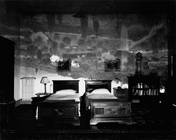 camera23_Tuscan-Large-Bedroom.jpg