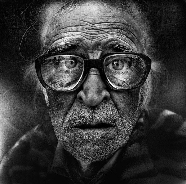 portraits-of-the-homeless-lee-jeffries-13.jpg