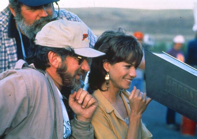 always-steven-spielberg-holly-hunter.jpg