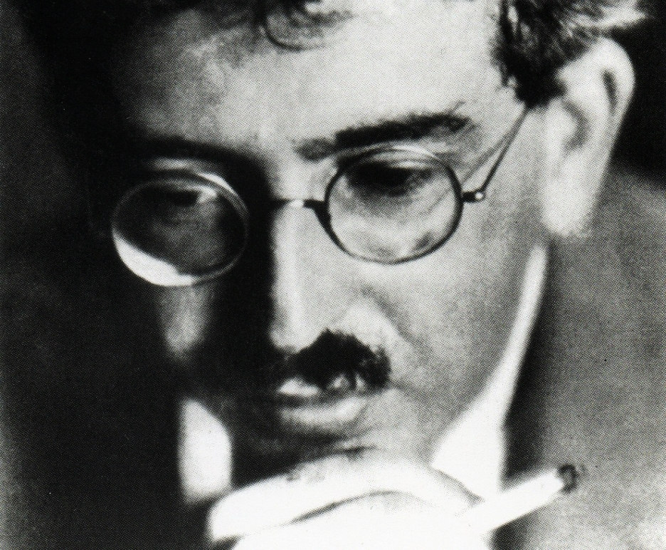 http://lounge.obviousmag.org/isso_compensa/2014/12/23/Walter-Benjamin_09.jpg