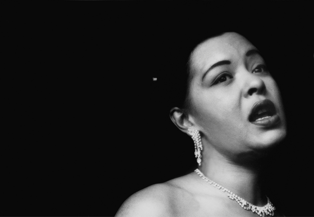 http://lounge.obviousmag.org/isso_compensa/2015/04/05/Billie_Holiday_01.jpg