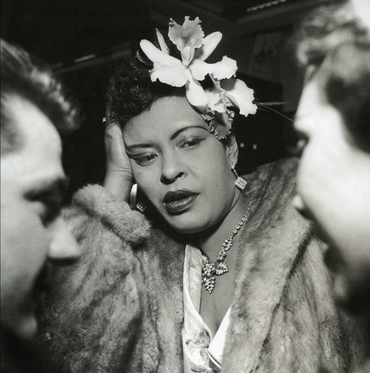 http://lounge.obviousmag.org/isso_compensa/2015/04/05/Billie_Holiday_08.jpg