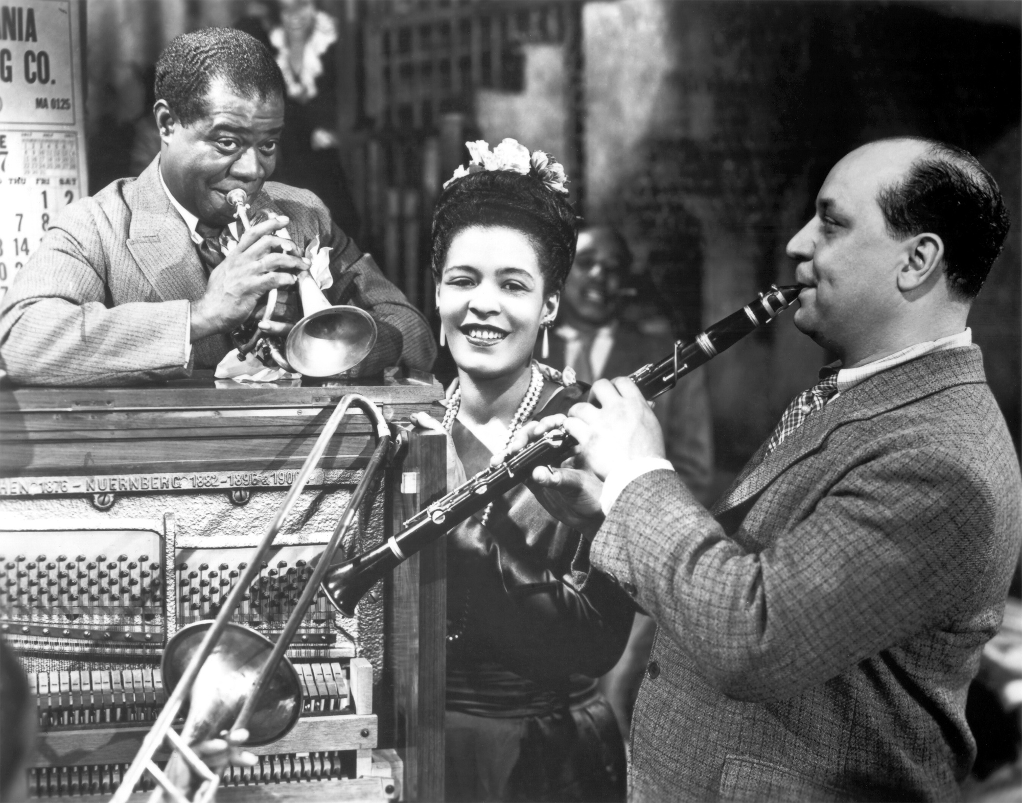 http://lounge.obviousmag.org/isso_compensa/Billie_Holiday_16.jpg