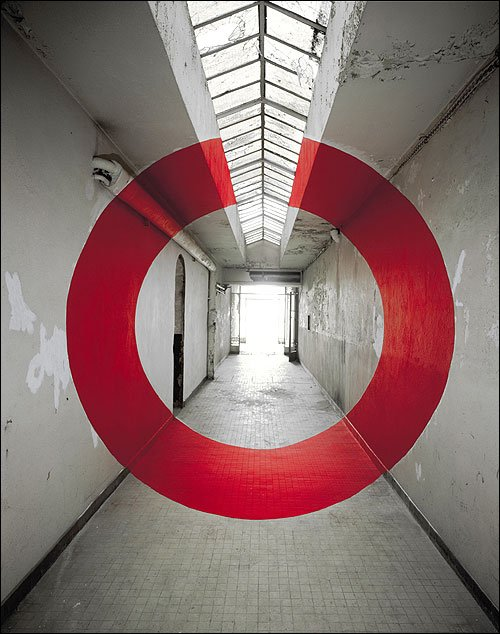 Georges Rousse 5.jpg