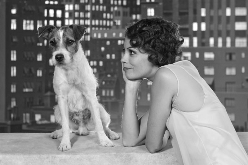 Uggie-with-Bérénice.jpg