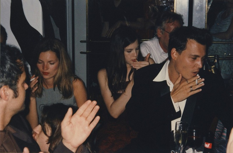 kate moss liv tyler e johnny depp.jpg