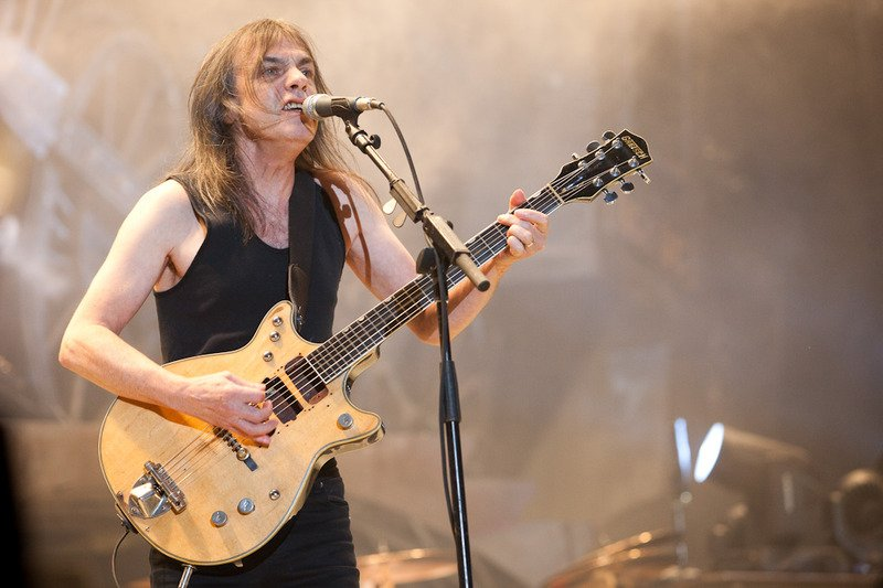 Malcolm-Young-AC-DC.jpg