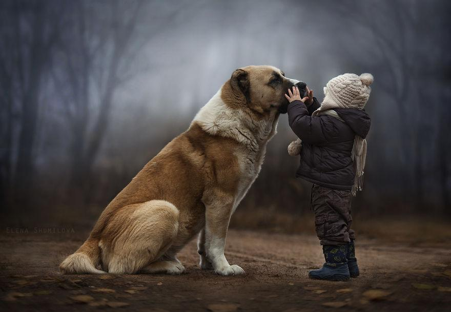 animal-children-photography-elena-shumilova-1.jpg