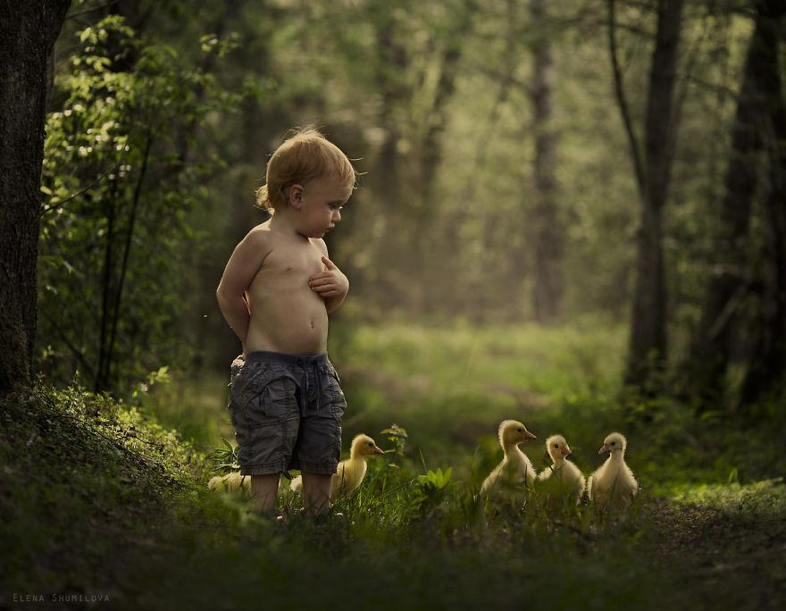 animal-children-photography-elena-shumilova-12.jpg