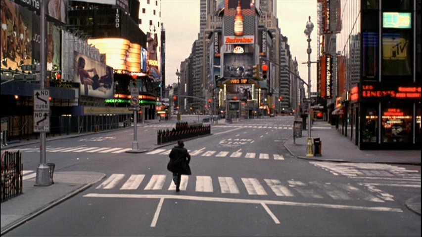 Vanilla-Sky-Tom-Cruise-empty-Times-Square.png