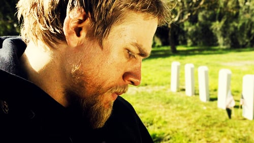 Jax-Teller-sons-of-anarchy-27491024-500-281.jpg