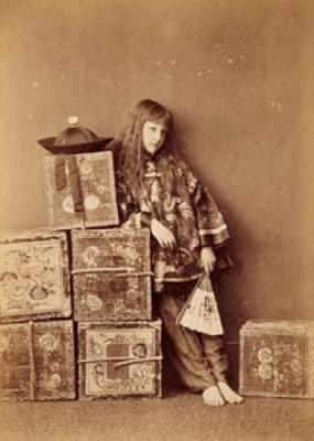 Lewis-Carroll-Xie--Alexandra-Kitchin-as-a-Chinese-tea-merchant---off-duty--1873-250219.jpg