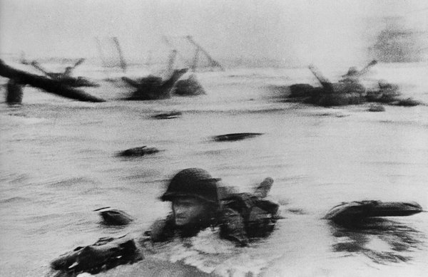 Robert Capa Ed Regan Veteran of Omaha Beach D-Day Landing 19.jpg