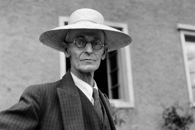 SWITZERLAND-LITERATURE-HERMANN-HESSE.jpg