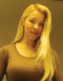 Jodi Arias blonde hair green eyes.jpg