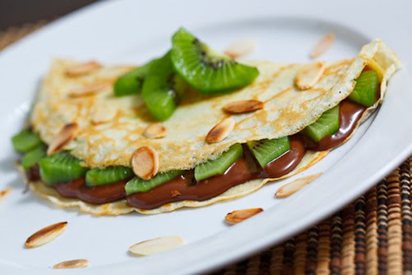 Nutella and Kiwi Crepes with Toasted Almond Slices 500.jpg