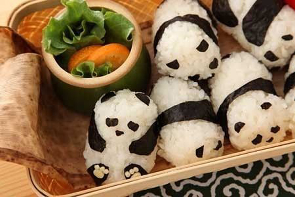 sushi-art-panda-TheSuiteWorld_large.jpg