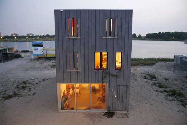 Container-Beach-House-Design-by-Inarchitecten-2.jpg