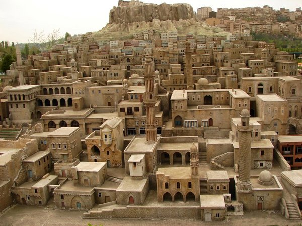 Mardin Stone Houses, Turkey.jpg