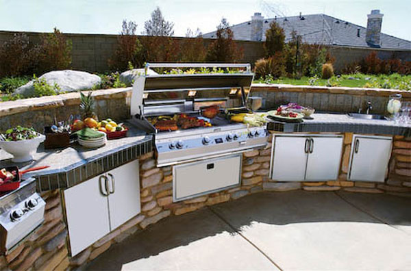 cal-flame-outdoor-kitchen-cabinets.jpg