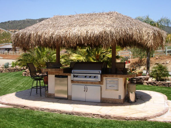 outdoor-kitchen-hut.jpg