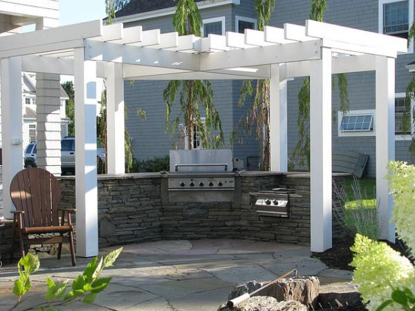 outdoor-kitchen-maine.jpg