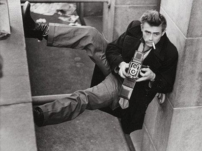 Celebrities with Their Vintage Cameras (13).jpg