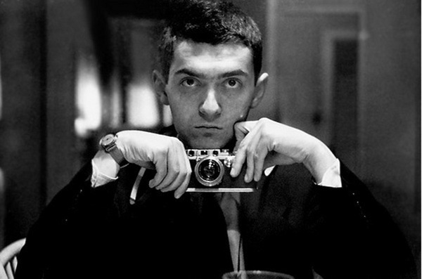 Celebrities with Their Vintage Cameras (26).jpg