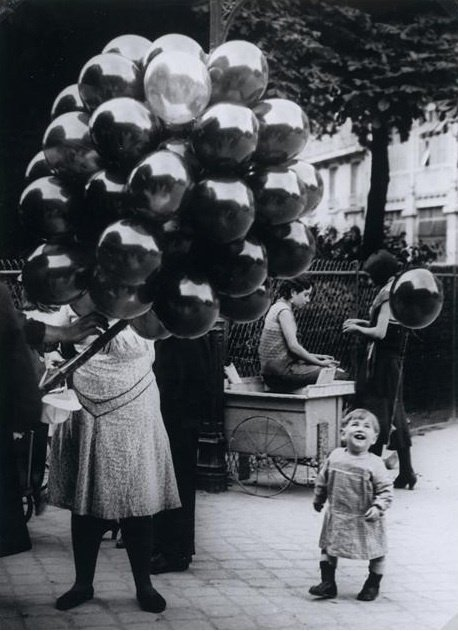 The Balloon Merchant by Brassai, 1931.jpg
