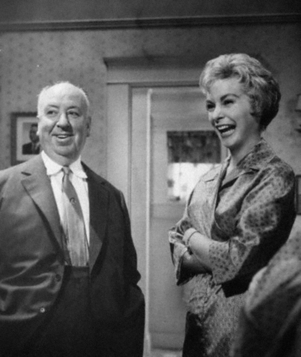 Alfred Hitchcock & Janet Leigh on the set of Psycho (1960).jpg