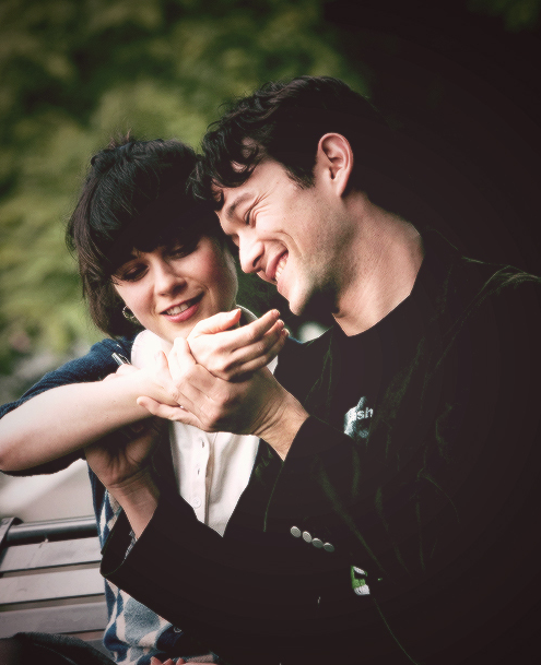 Zooey deschanel and joseph gordon levitt tumblr